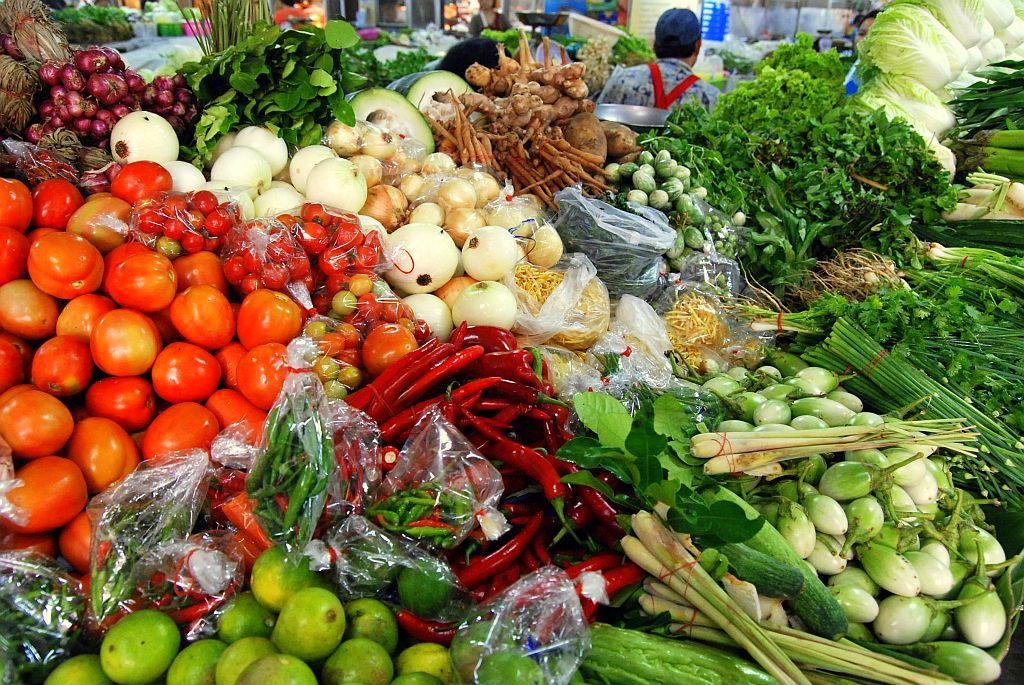 การลดสารพิษปนเปื้อนในผักและผลไม้ก่อนการบริโภค